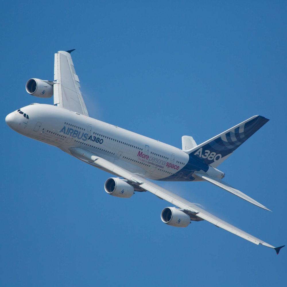 aircraft-1417041.jpg