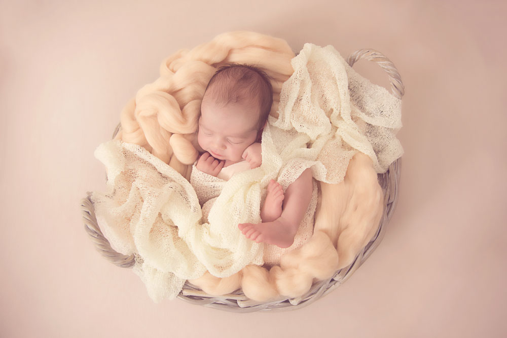 Maternity,-newborn,-baby-&-Family-Photographer-Bristol-4.jpg