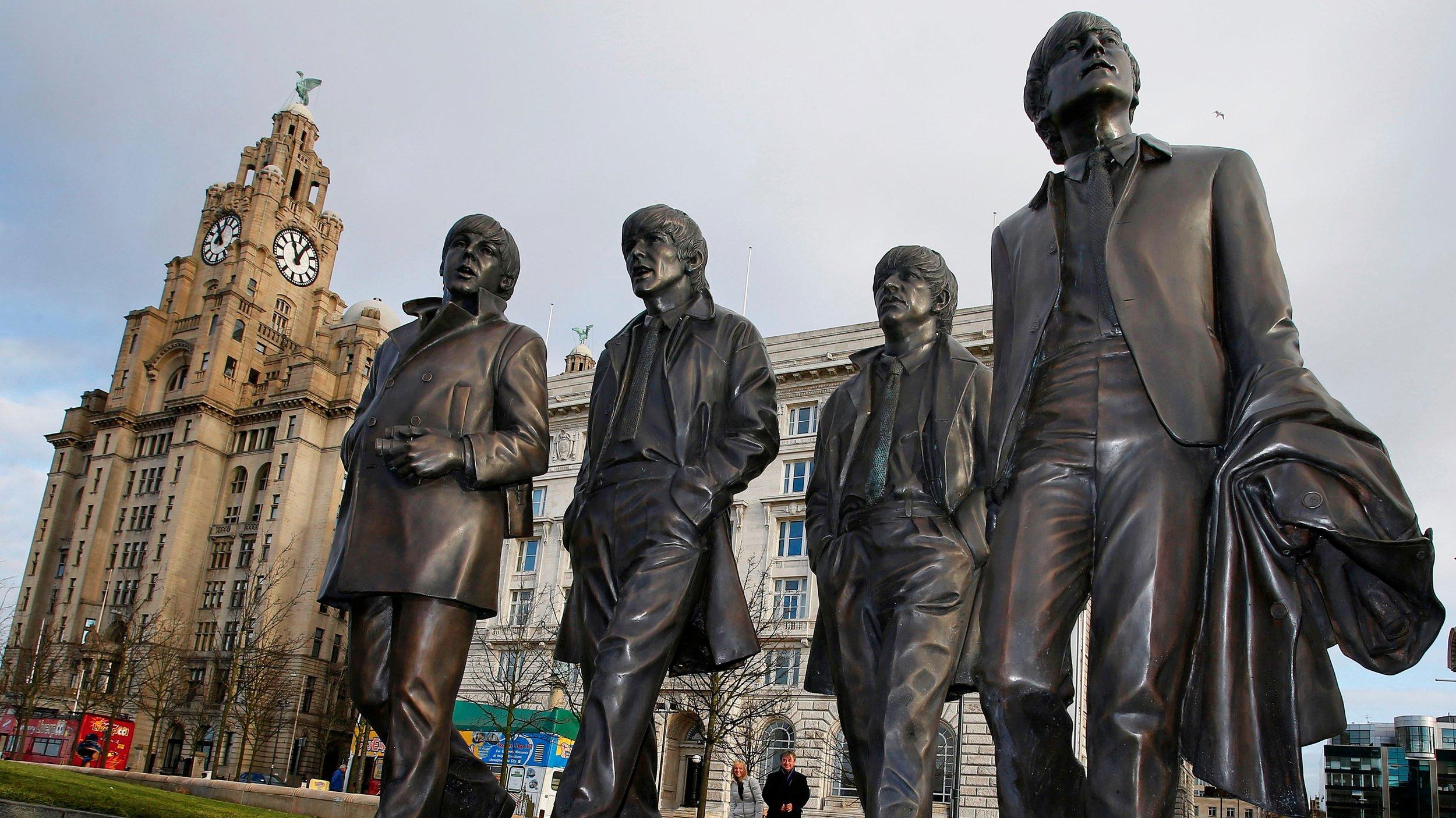 The Beatles Statue & Iconic Liver Building
