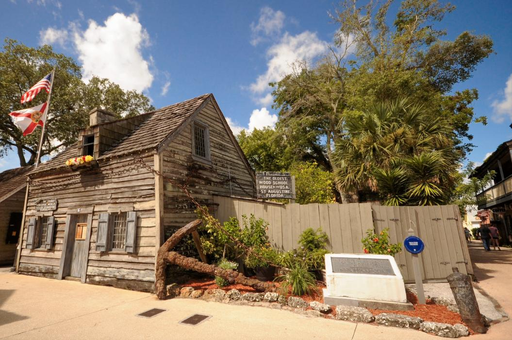 Historical Florida Highlights - Fountain of Youth - Castillo De San Marcos - Oldest Wooden School House - Fort Matanzas - Trolley tour historical St. Augustine - Old Florida Capitol - New Florida Capitol - Governor's Mansion - Museum of Florida History