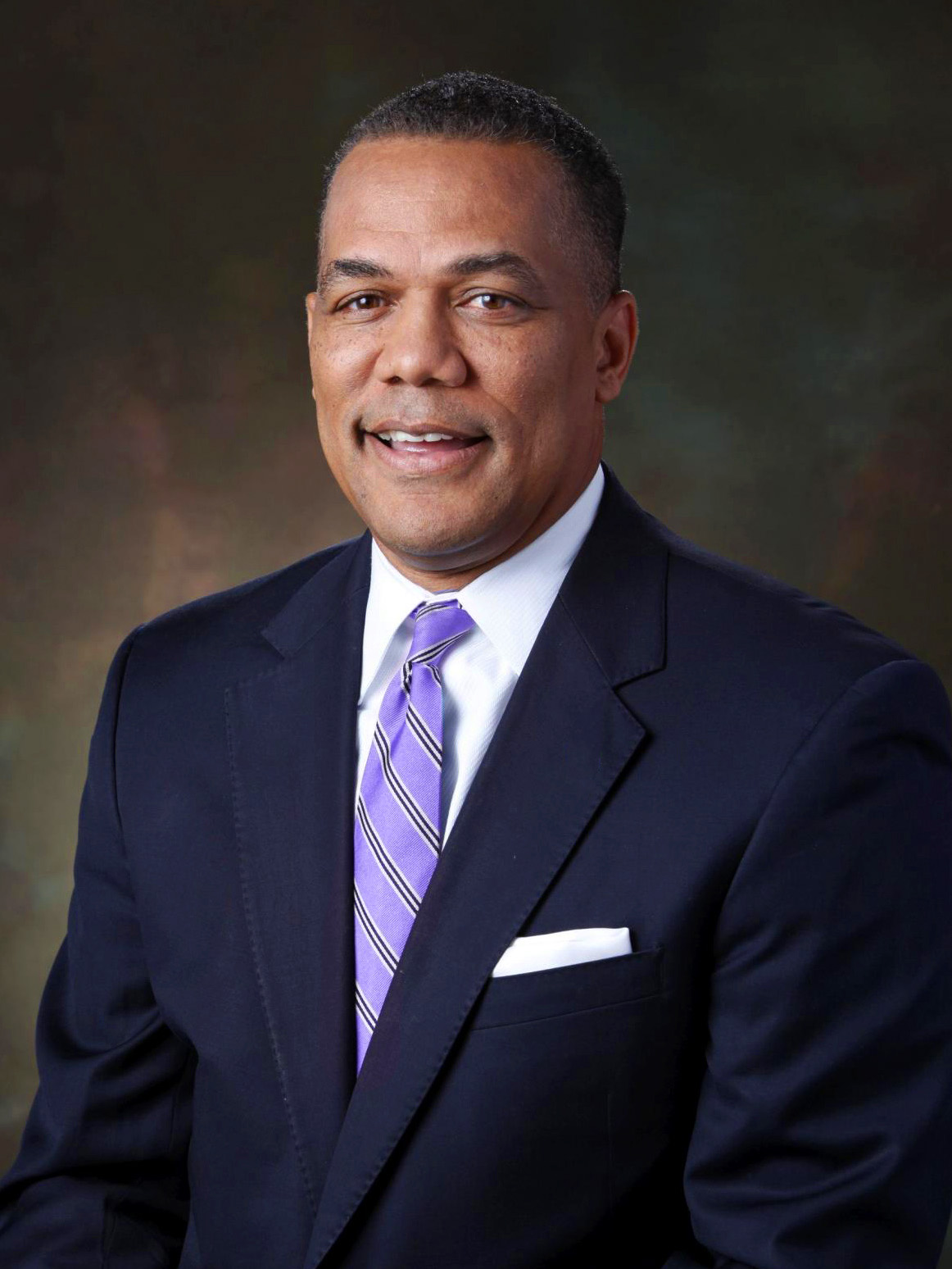Anthony Washington - Co-founder, CEOWith over 30 years of experience as an executive in the insurance industry with the companies Nationwide, Western Heritage, Allied, Chubb, and other family-owned businesses, he saw the gap in the small business insurance market. Anthony created RaisinBread to help small businesses stay protected with insurance that is tailored to meet their needs.
