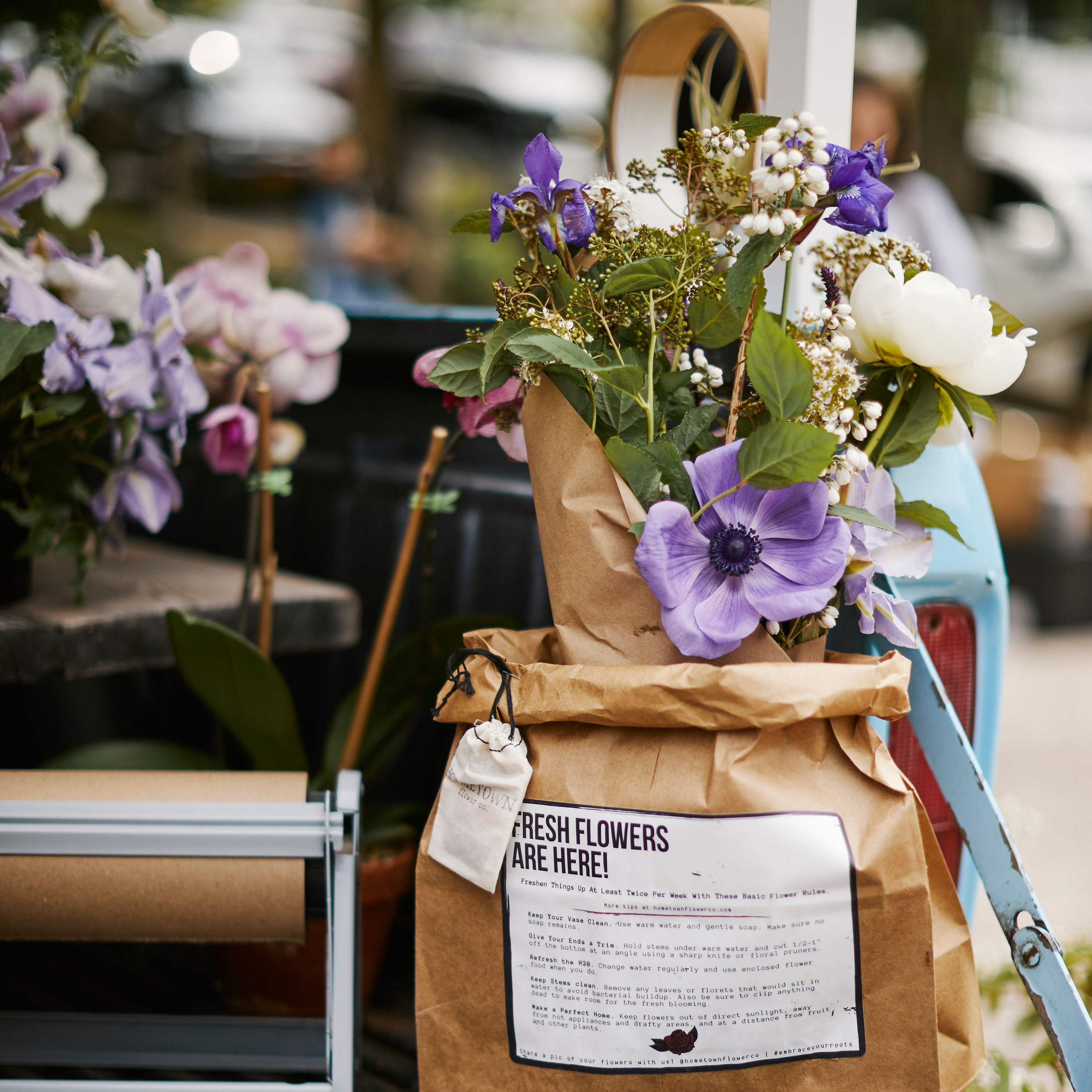 ONE MONTH OF WEEKLY DELIVERED FLOWERS -