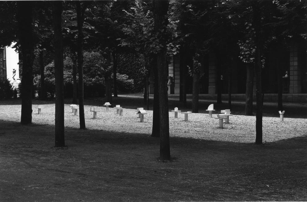 1985_AK_ Exposition Musee Rodin_Grand Commandement Blanc_fer forge et peint_H43cm_©Bruno Jarret.jpg