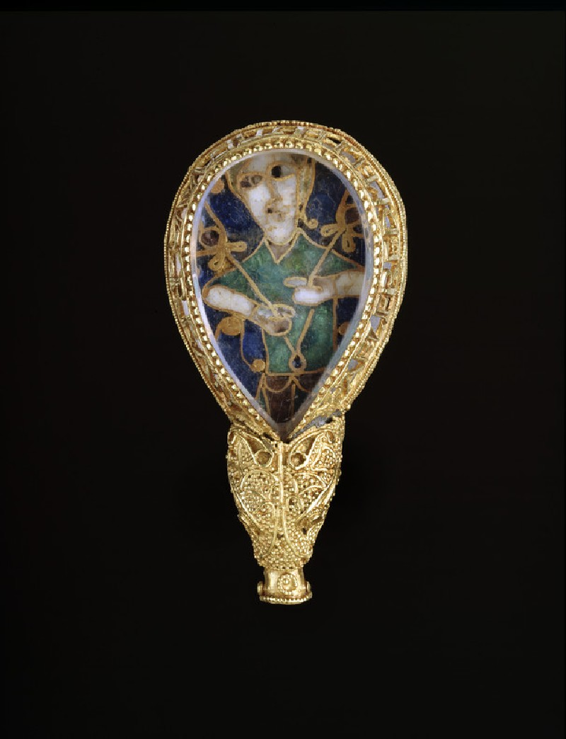 Jewelled terminal of aestel (The Alfred Jewel). Britain, 871–899 AD. Cloisonné enamel, gold, rock crystal. The Ashmolean Museum, Presented by the Estate of Colonel Nathaniel Palmer, 1718 [AN1836.p135.371]