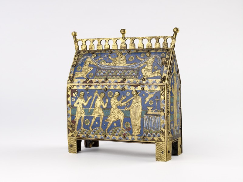 Reliquary casket of Saint Thomas Becket. Limoges, c. 1190. Gilt copper alloy, champlevé enamel and wood. The Ashmolean Museum, Bequeathed by J. Francis Mallett, 1947 [AN2008.36]