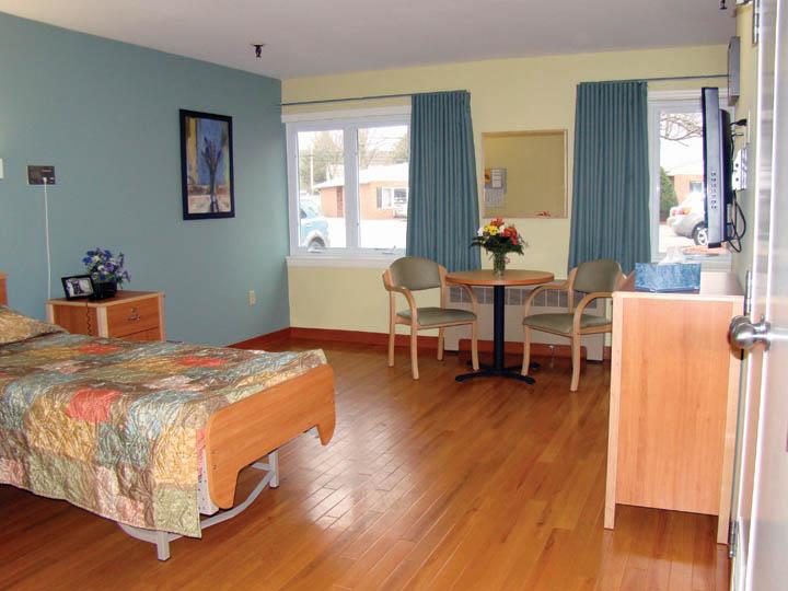 farmington bedroom 1.jpg