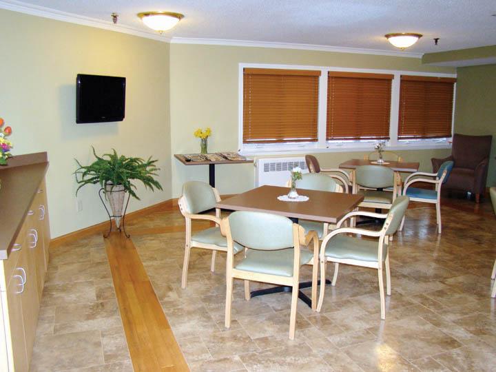 farmington dining room.jpg
