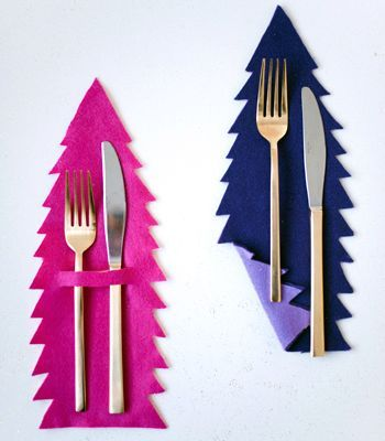 Reversible Christmas Tree Flatware Mat - @confetti_pop Give your flatware a soft place to land between bites of pie.(image: Melissa Oholendt)