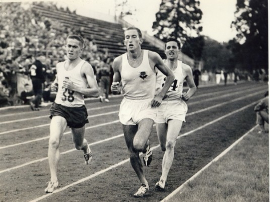 Elliott leads Thomas and White in the 2 Mile Open.