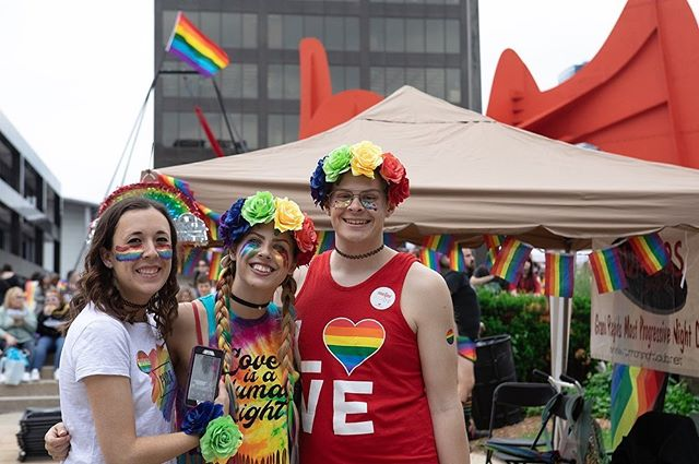 The rain couldn't stop the masses from coming to Calder Plaza for @grpridefest 2019 on Saturday. With two stages featuring local performers, @sizzyrocket, @myaplanet9, @maxmusic, @dragbrunchgr, @powerdiva, @beautybeyonddrag, a street full of vendors, and so many food trucks, it was a full day of activities and celebration of being true to oneself. . . . @grandrapidspridecenter #grpride2019 #grandrapidspride #pridefestival #eventphotography #eventphotographer #grandrapidseventphotography