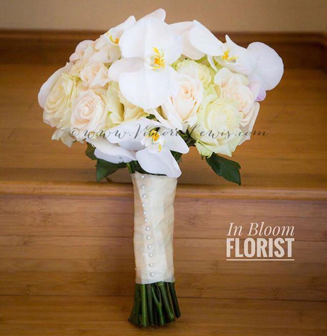 Roses X Orchids bouquet ✨ #venturacountyflorist #805florist #floraldesign #flowerbouquet