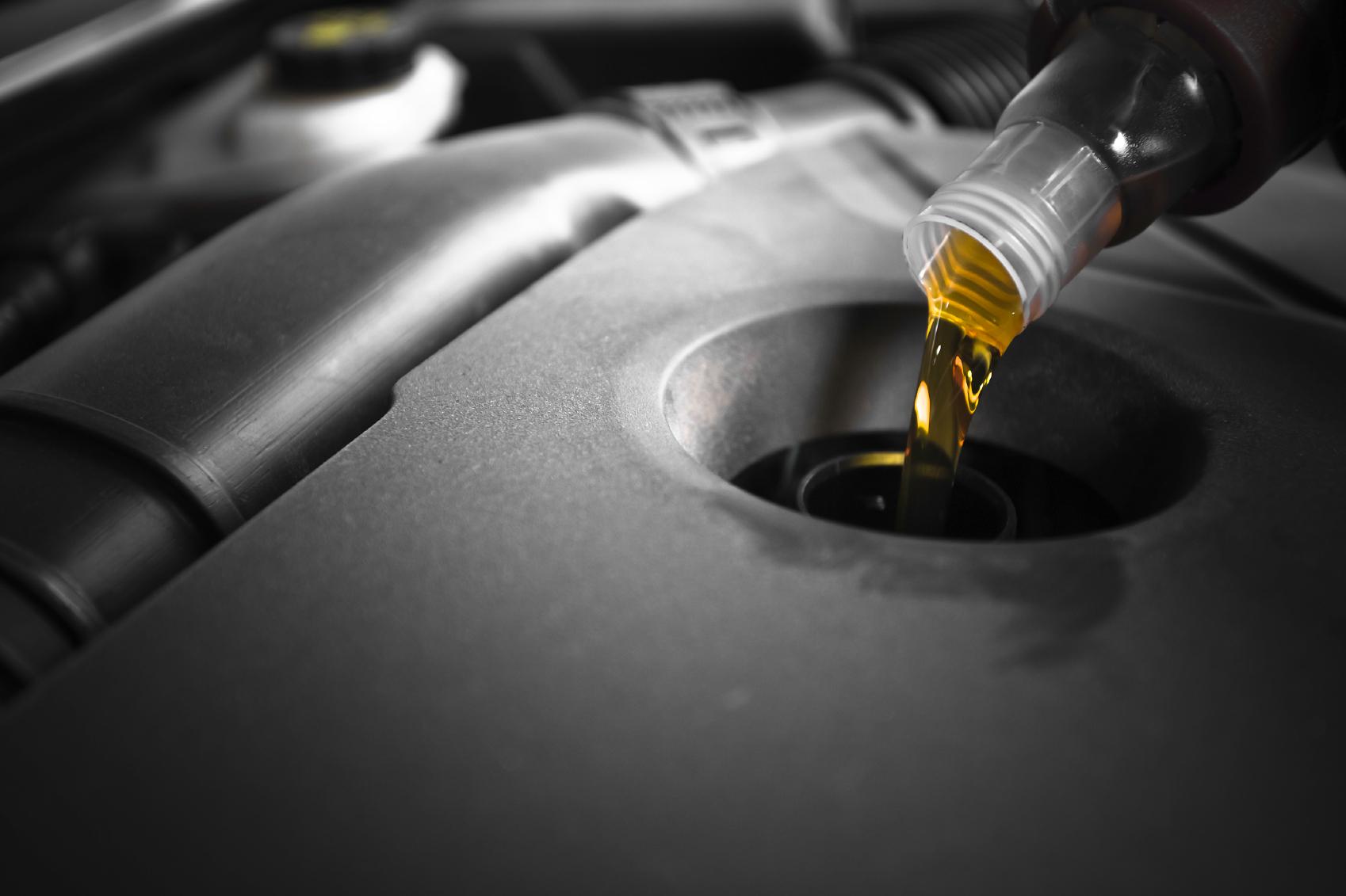 Oil_000018122273_Medium.jpg