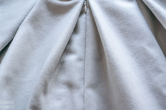 grey-wool-stephanie-skirt-by-sewing-tidbits-2.jpg