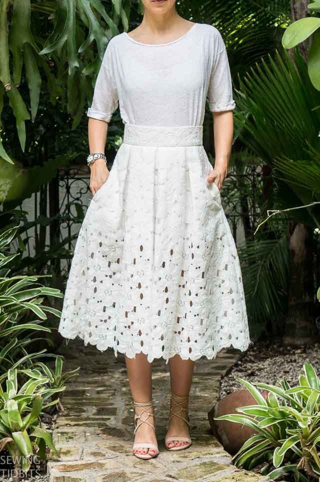 just-patterns-lace-stephanie-skirt-by-sewing-tidbits-9.jpg