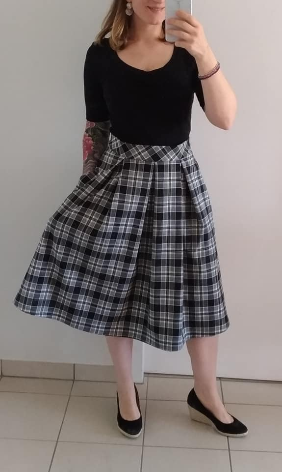 Just Patterns Stephanie Skirt by Les Surprises 1.jpg