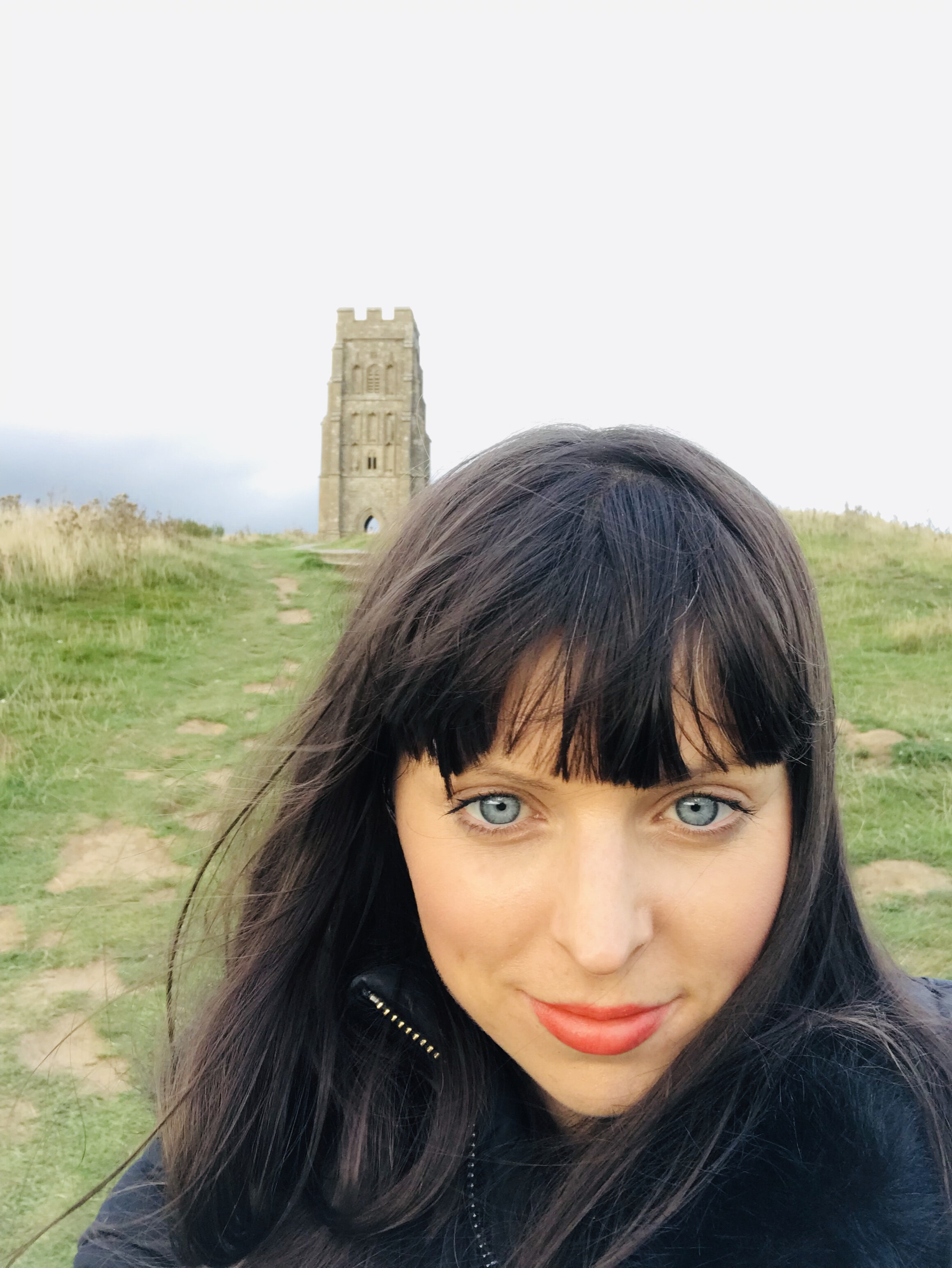 MEET MELANIE - My passion is to help people find clarity, direction and find wellness on a mental, physical, emotional and spiritual level, utilising Sacred Therapies that nurture the spirit and honour the self.I approach my sessions with empathy and compassion, holding space for my clients to heal, de-stress, rejuvenate, re-balance and recharge.