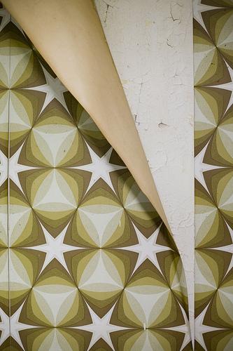 40021066-peeling-wallpapers.jpg