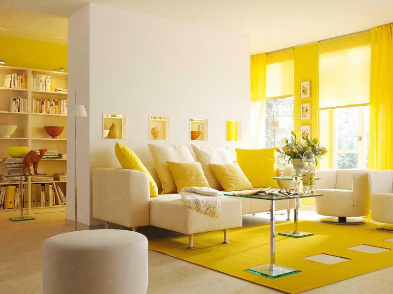 Vastu-Shastra-Living-Room-yellow.jpg