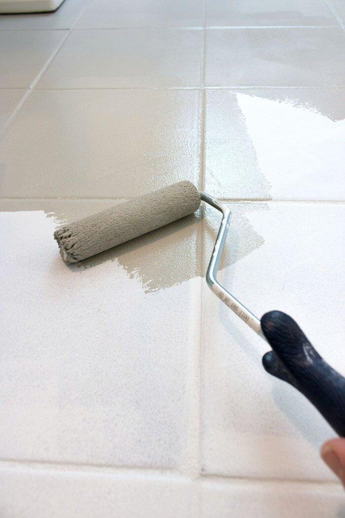 Should I Paint That Tile Paintpositive, How To Paint Bathroom Tile