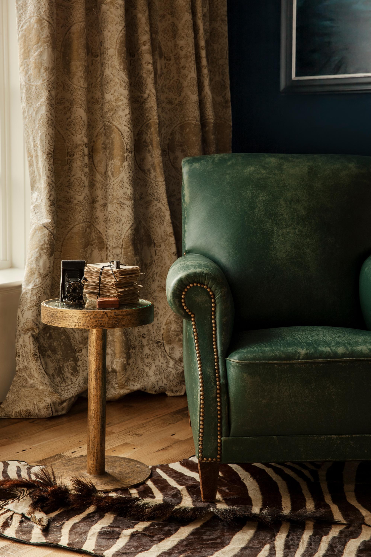 Small Dining Room Chair Detail_0437 FINAL Credit Jason Varney.jpg