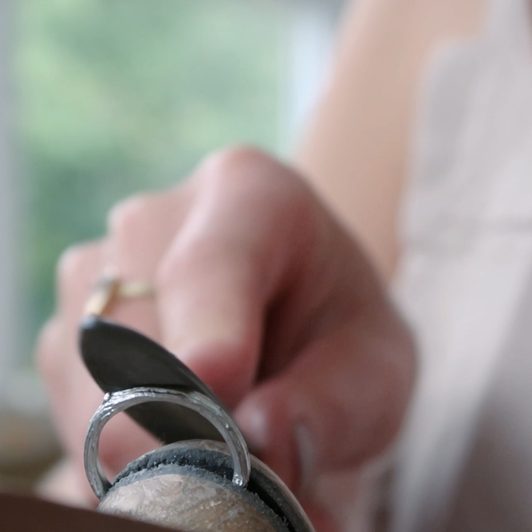 Candid-Films-videography-Alice-Stewart-Jewellery