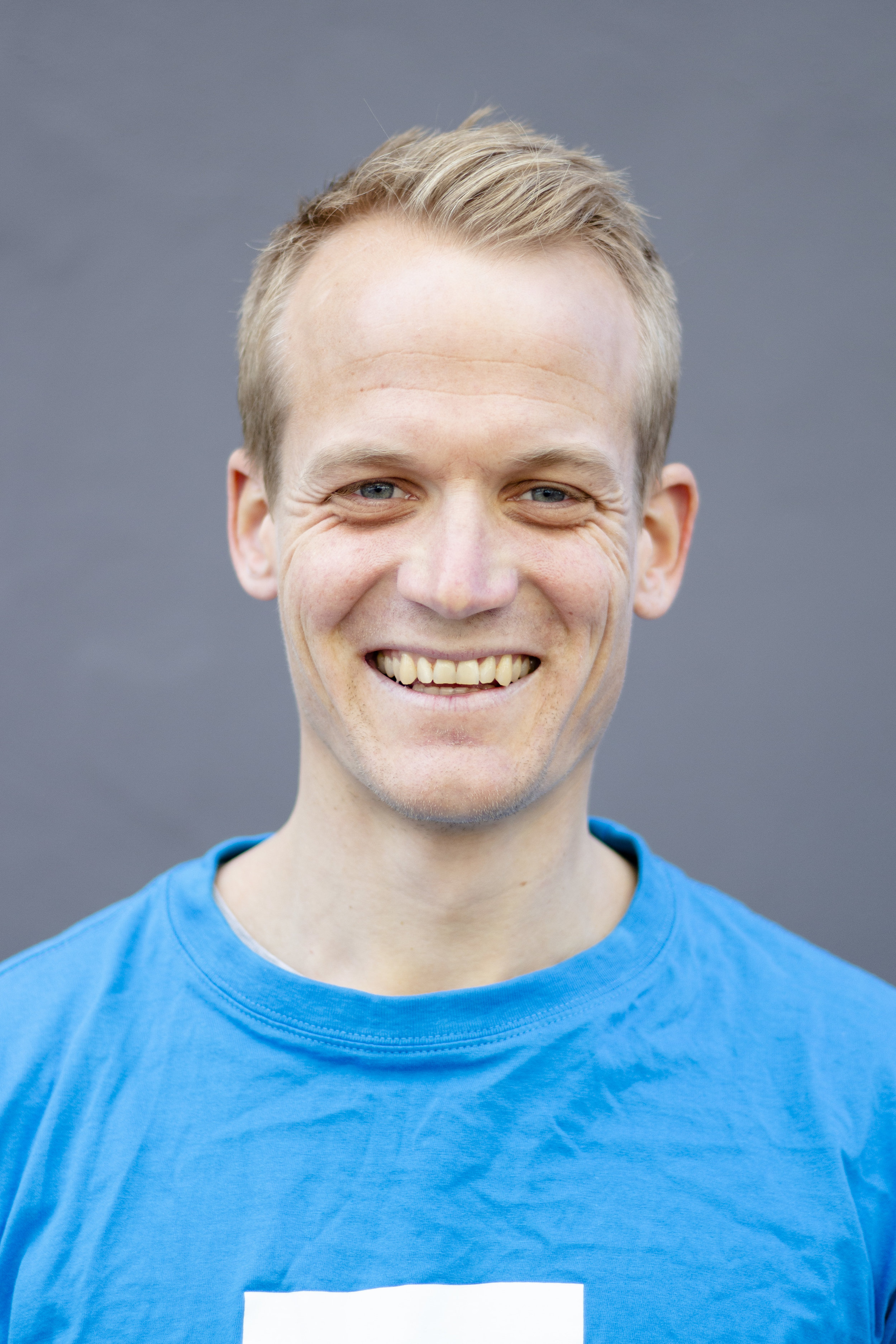 Iver Bjerkestrand - Creative thinker yet an analytic strategist, with a background in economics, finance and alpine ski racing.