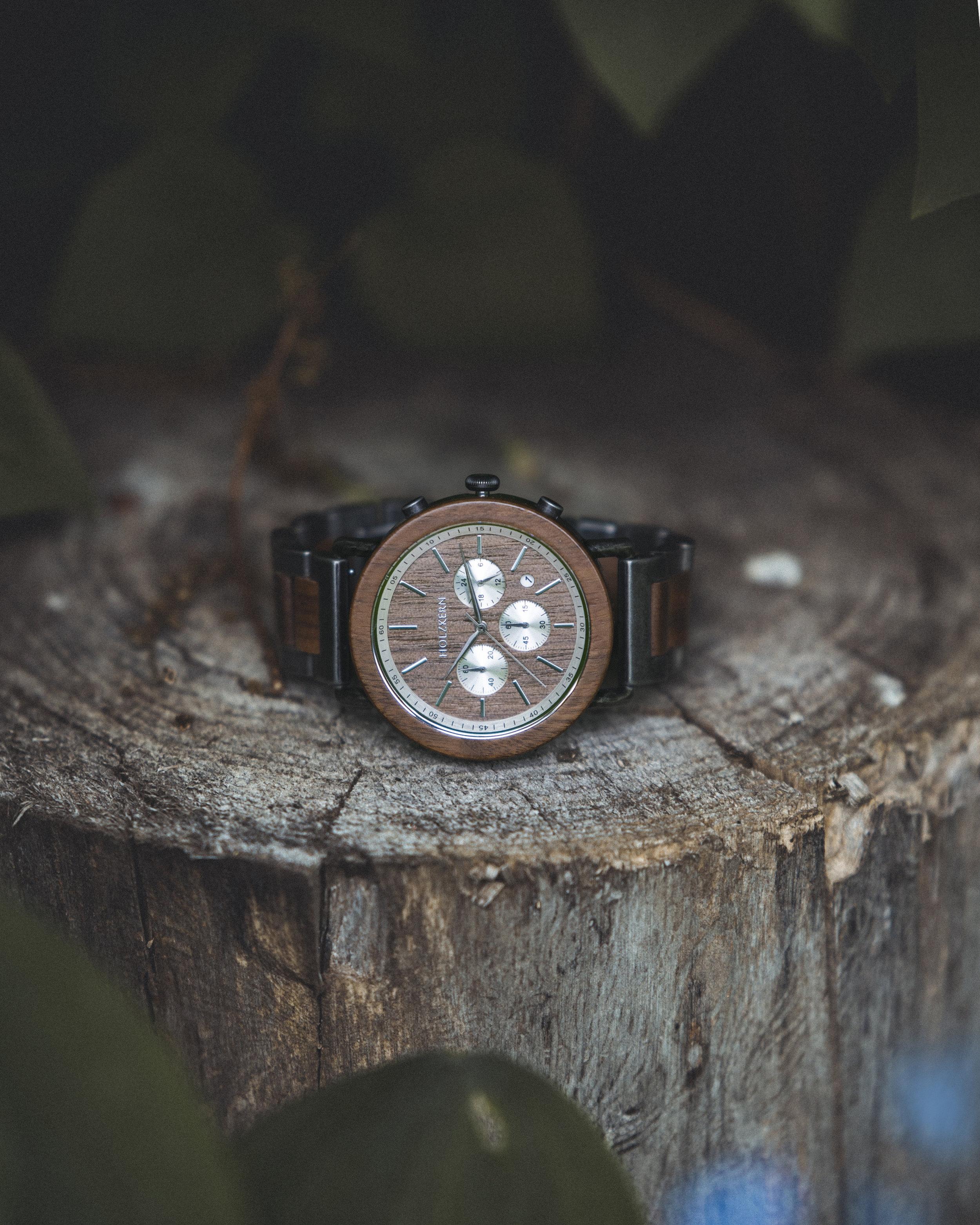 Holzkern Watch 9.jpg