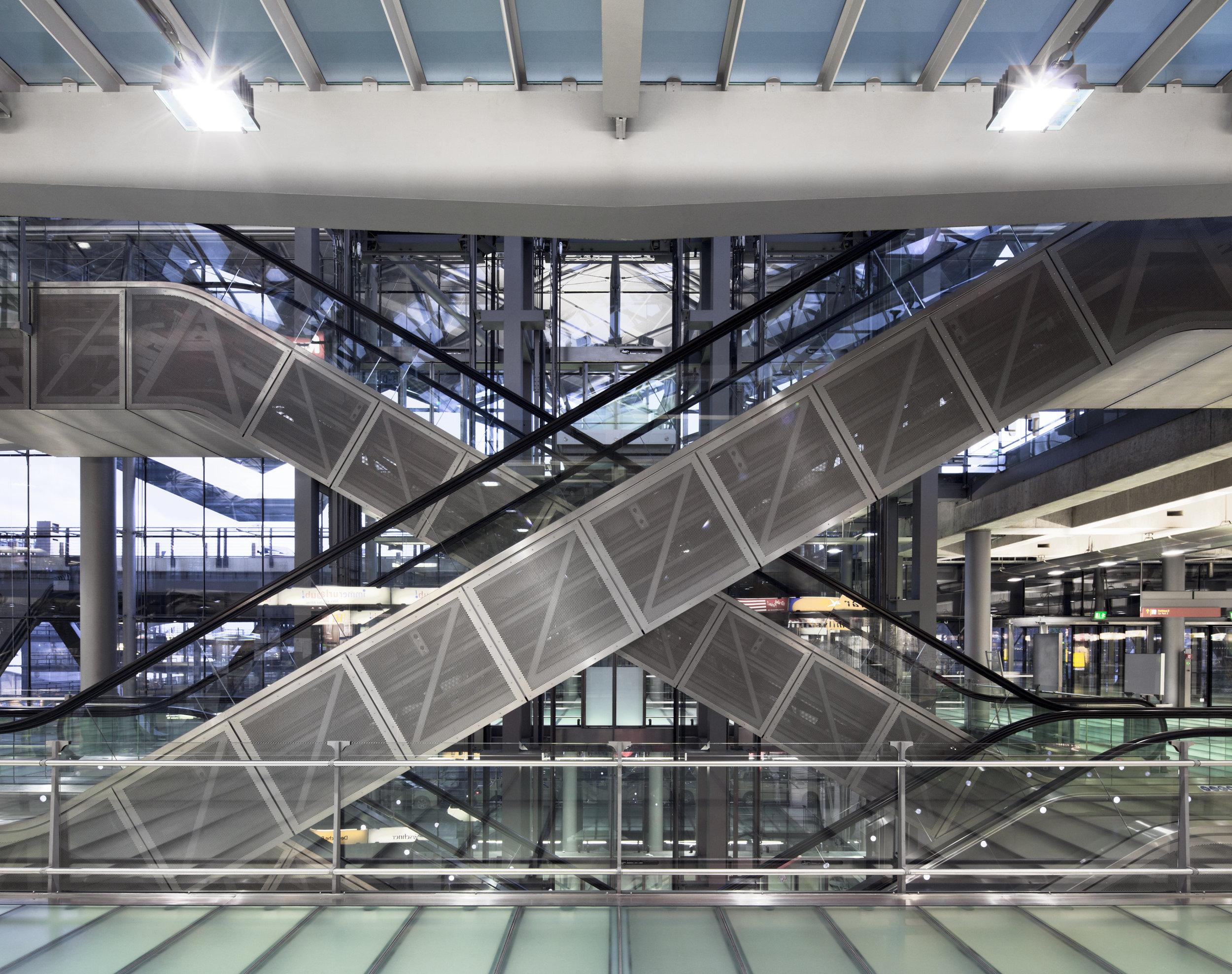 cgn-airport_14.jpg