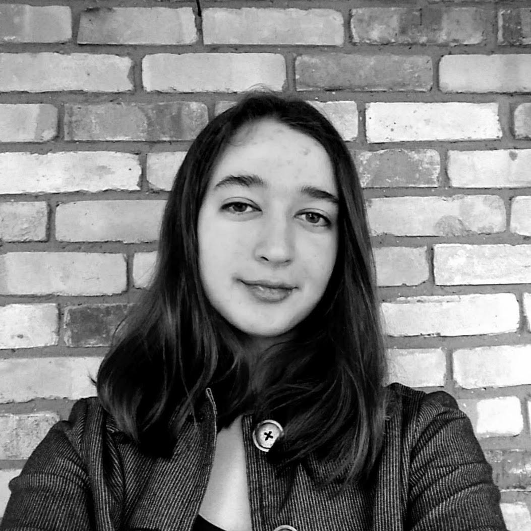 Anné Sophie Brilla, Organizer    Instagram: @annesouffle