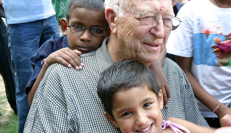 Image from  http://www.catholictv.org/blog/can-seniors-learn-kids