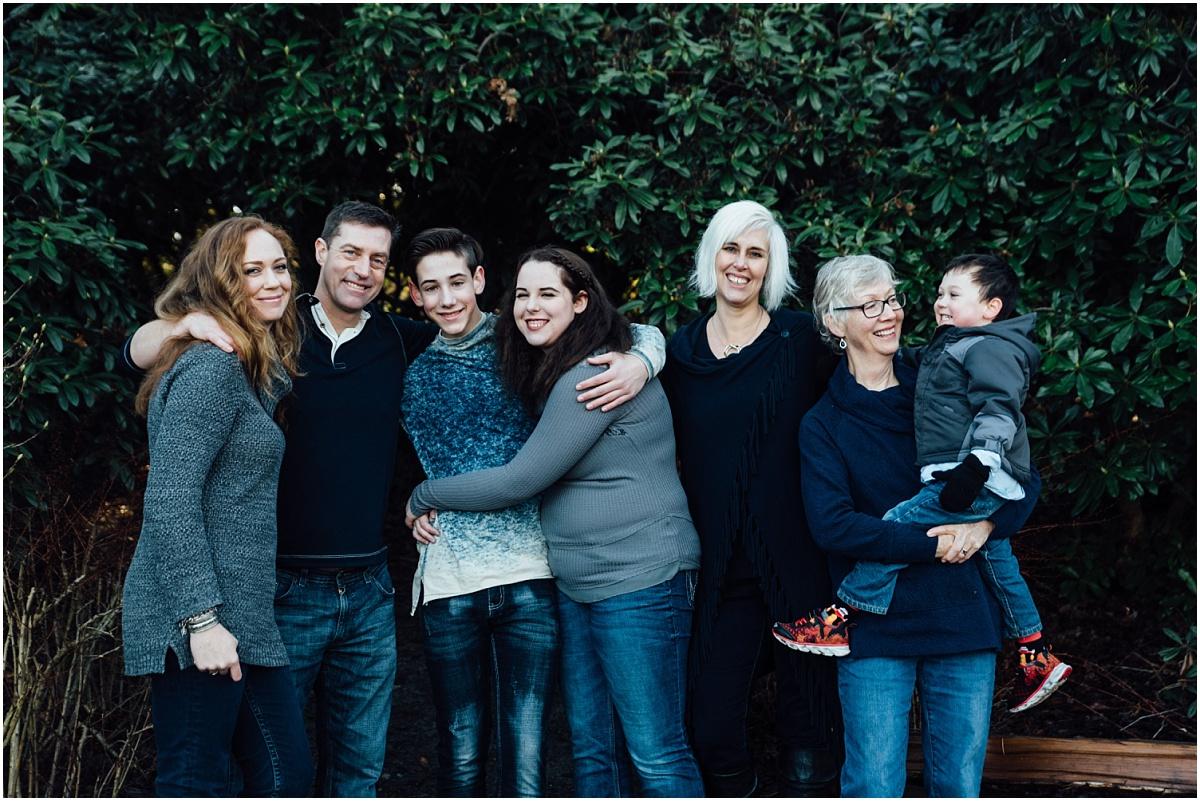 Family Session at Playfair Park Saanich.jpg