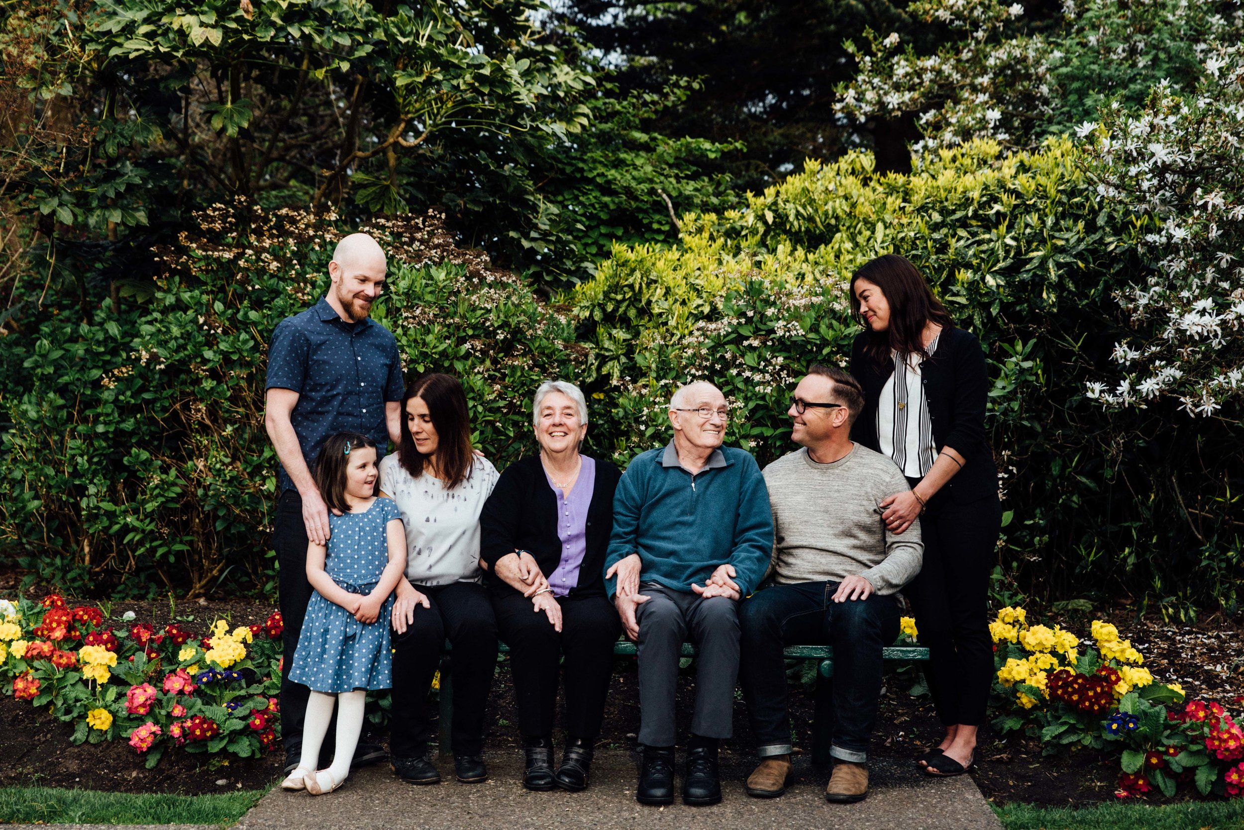 Multigenerational photos victoria bc.jpg