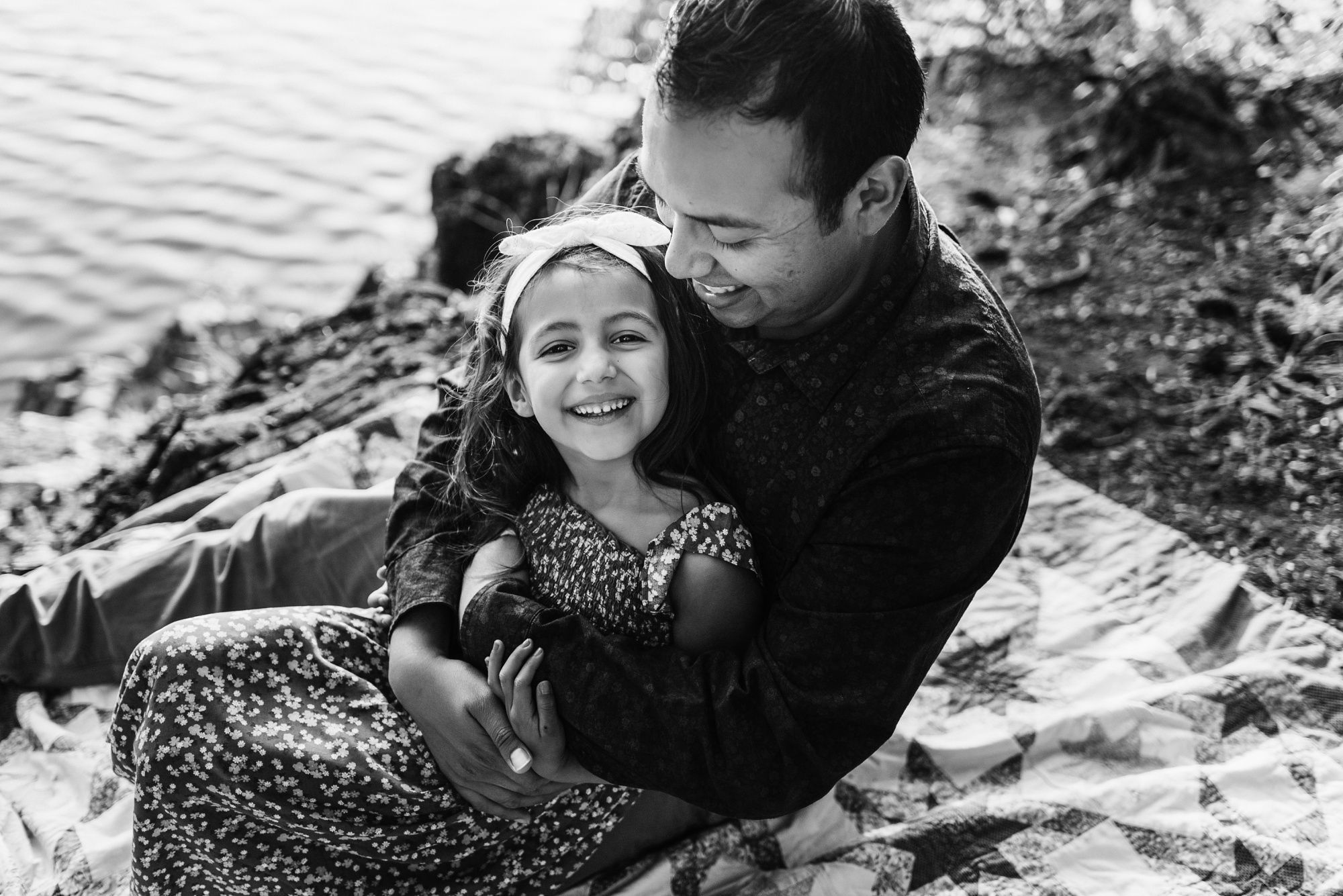 Victoria BC child and family photographer - family session
