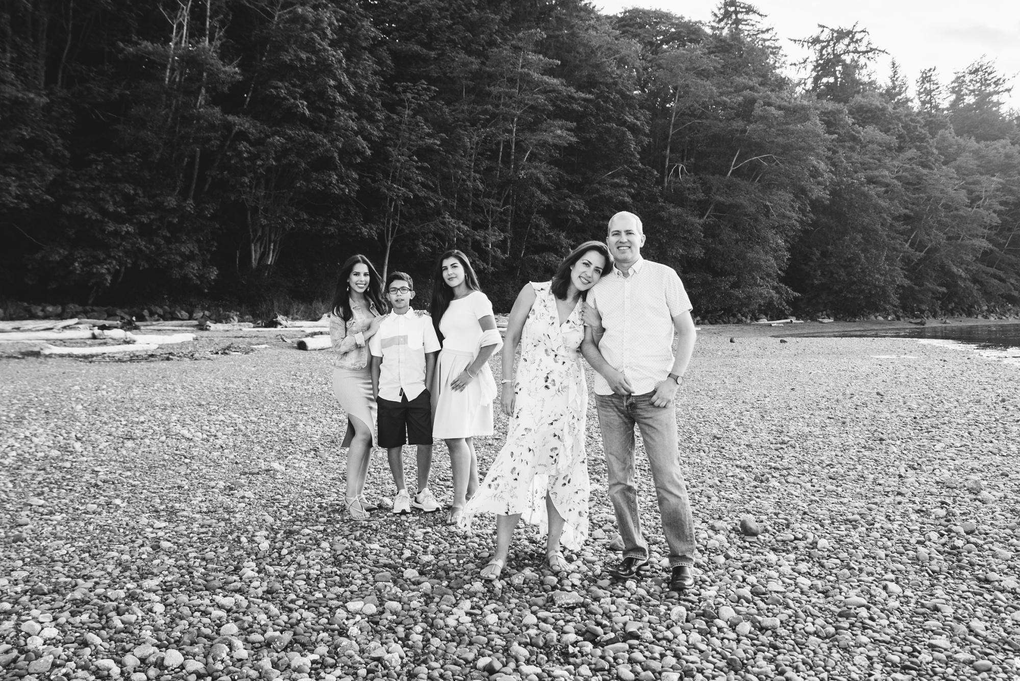 Family Portrait Victoria BC_0049.jpg