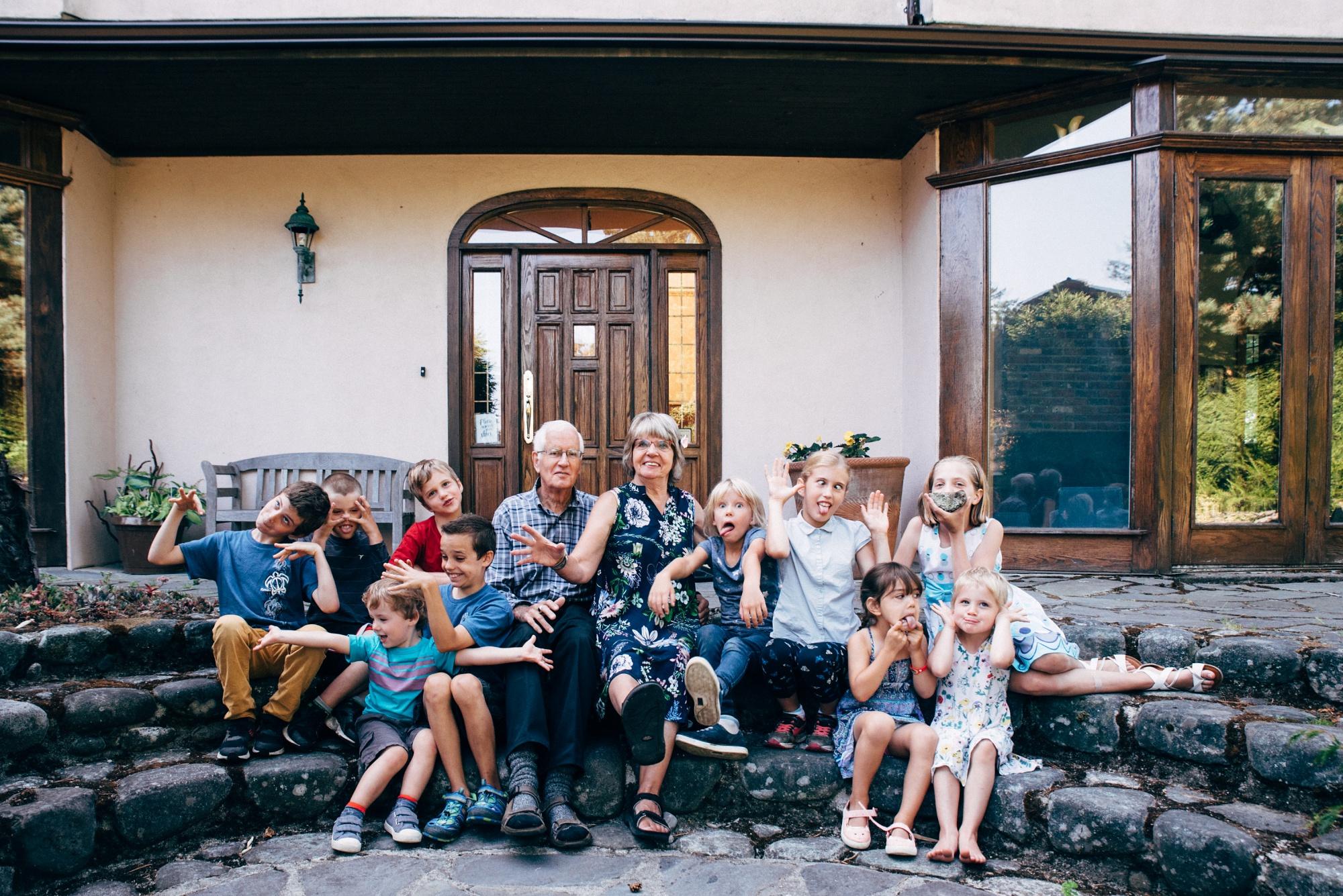 family photos victoria bc family photographer (3).jpg