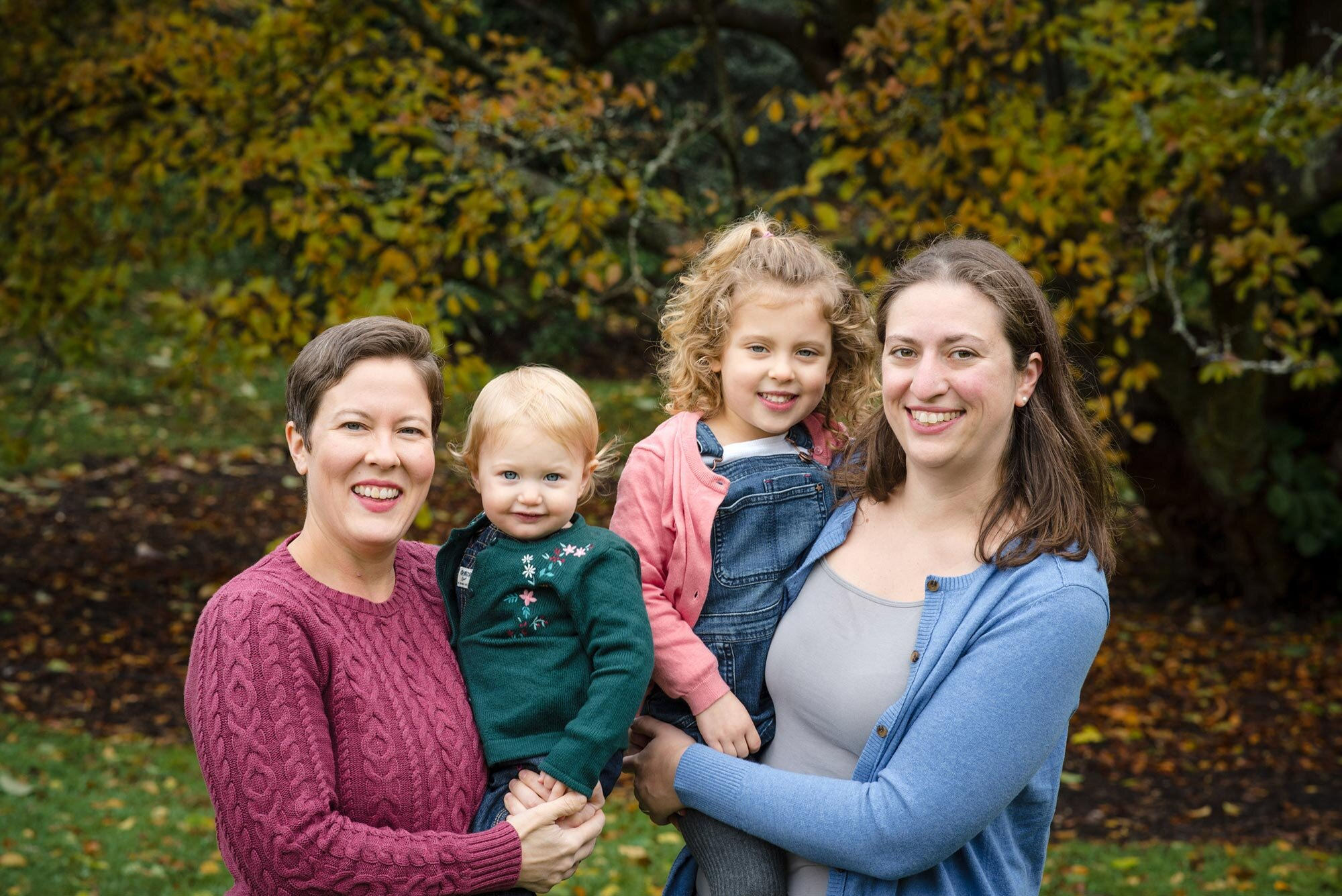 web_2018-10-28+Waldman-Stroessner+Family_004.jpg