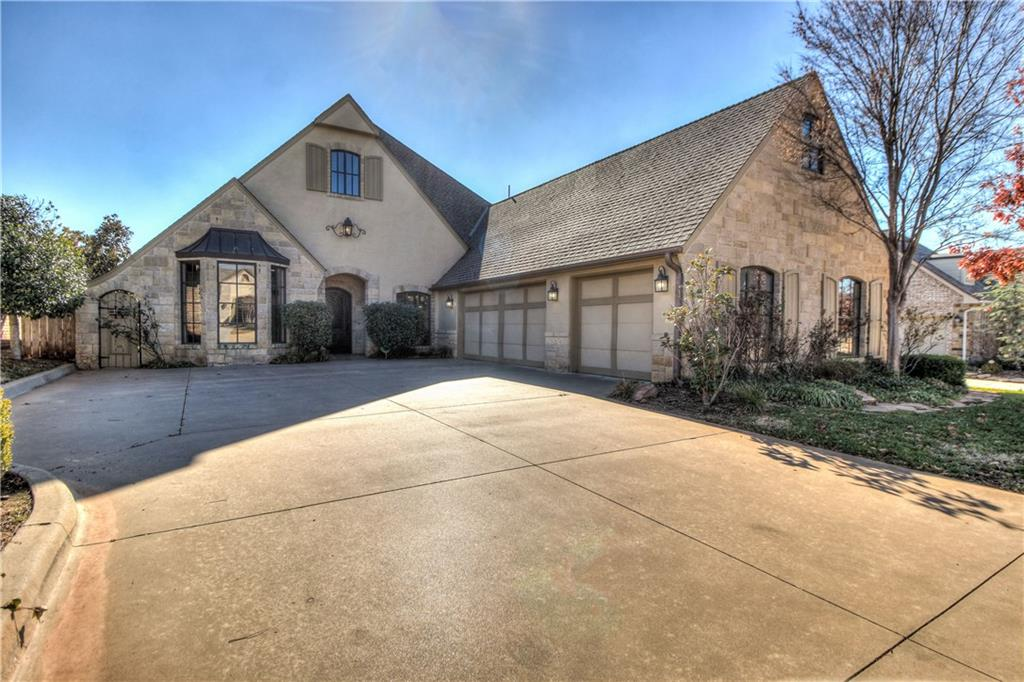 <strong> 3400 Stone Brook Court </strong><p>SOLD »</p>