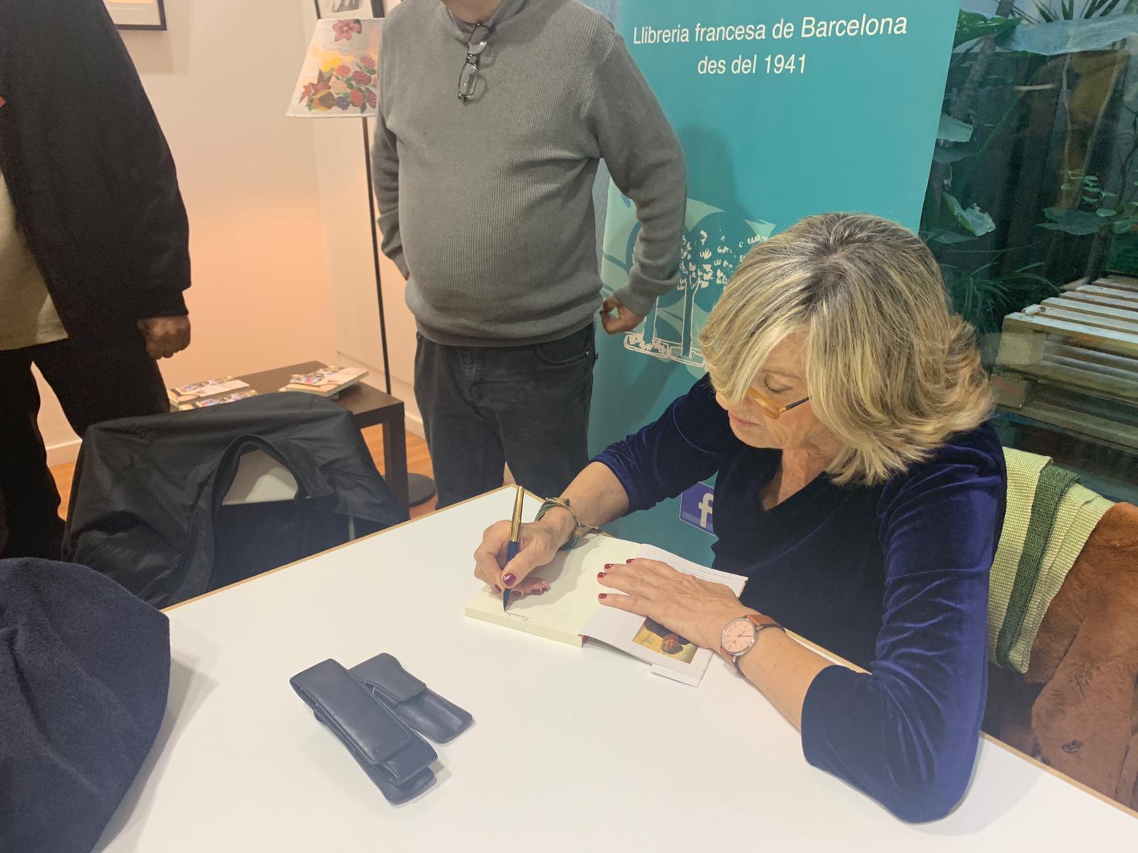 - En març de 2019 Maia Viladot va presentar el seu nou llibre Laberint a Soterrani i altres comptes, un recull de records de la seva infantesa que fan un retrat de la societat i els valors de la Barcelona dels anys 60 i 70.