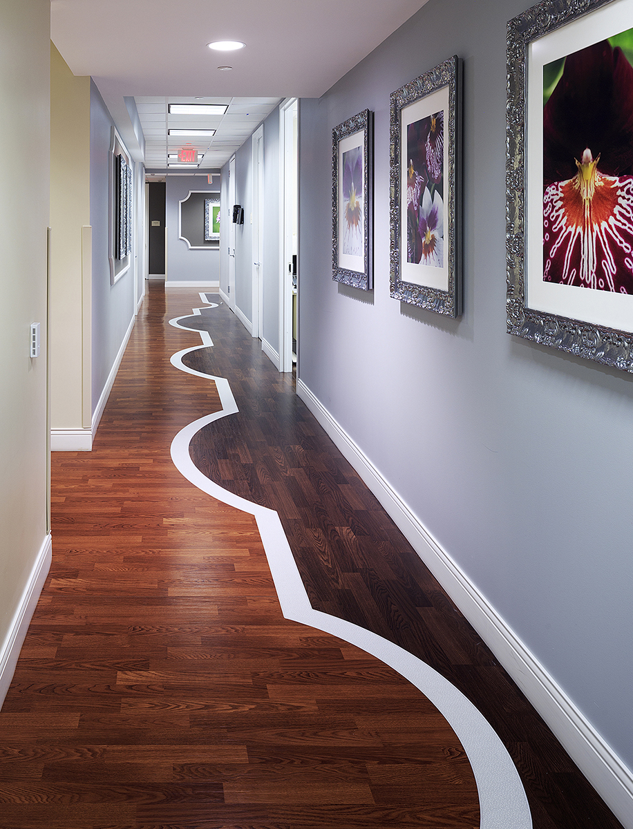Teknoflor Timberscapes_George Washington University Hospital Corridor.jpg