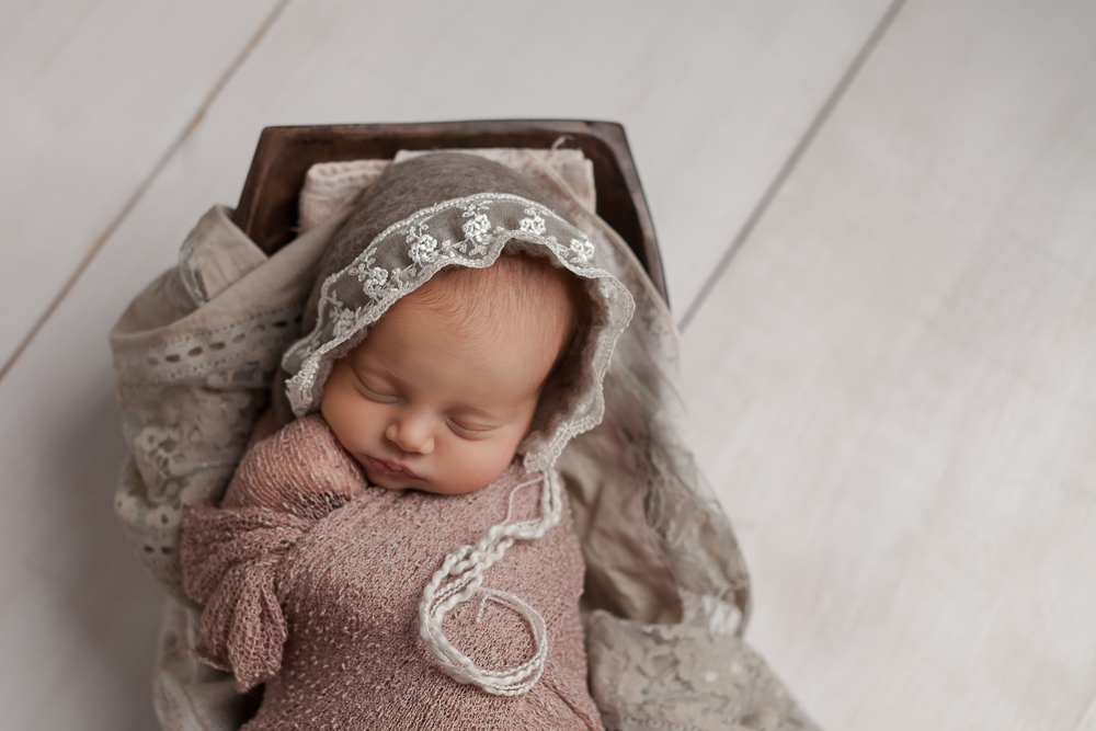 Oahu Studio Baby Newborn Photography