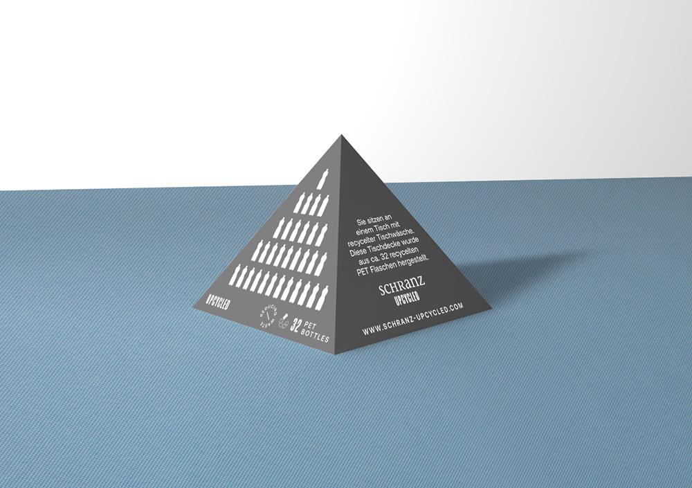 pyramide-schranz-2.jpg