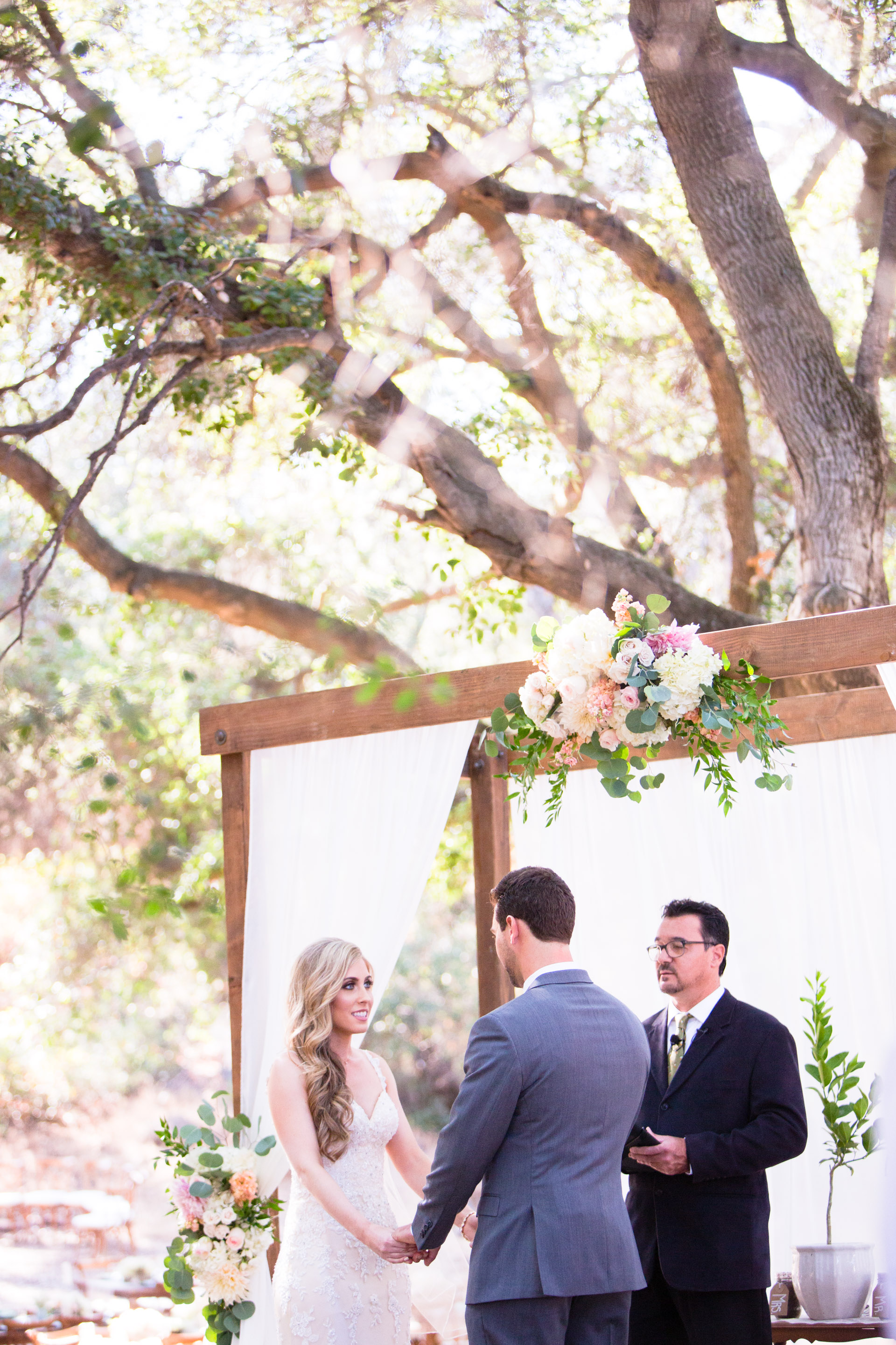 hidden_oaks_retreat_wedding_mcewan_0381.jpg