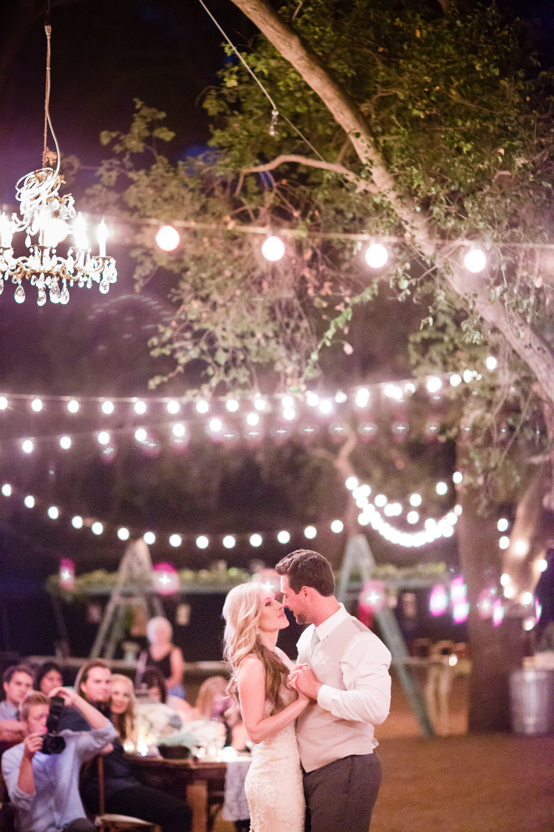 hidden_oaks_retreat_wedding_mcewan_0821.jpg