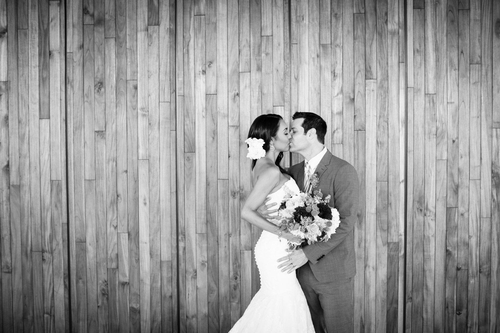 Romantic_Estancia_La_Jolla_Wedding_003.jpg