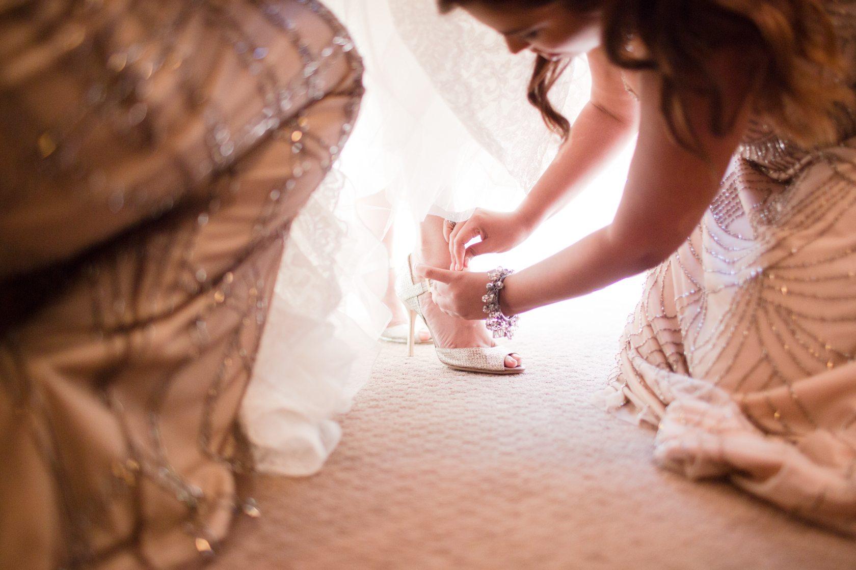 Romantic_Estancia_La_Jolla_Wedding_013.jpg