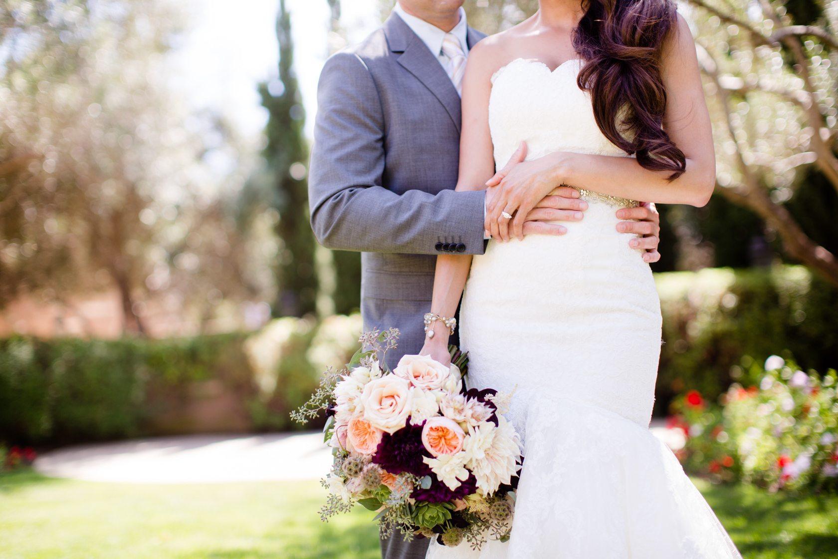 Romantic_Estancia_La_Jolla_Wedding_023.jpg