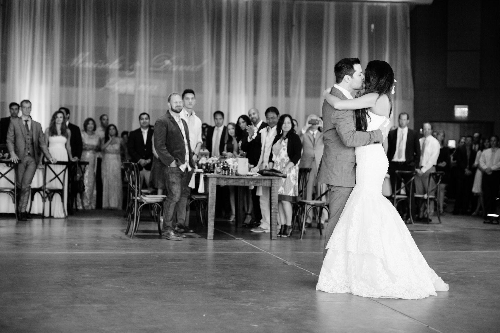 Romantic_Estancia_La_Jolla_Wedding_094.jpg