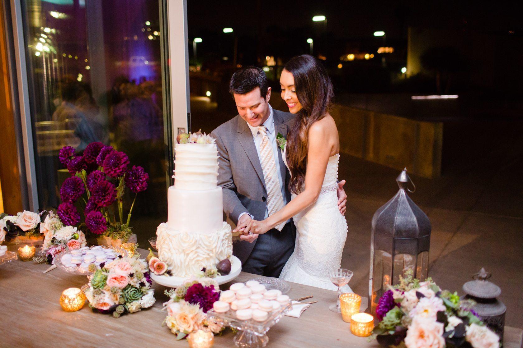 Romantic_Estancia_La_Jolla_Wedding_112.jpg