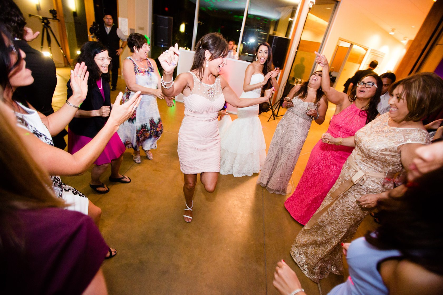 Romantic_Estancia_La_Jolla_Wedding_125.jpg