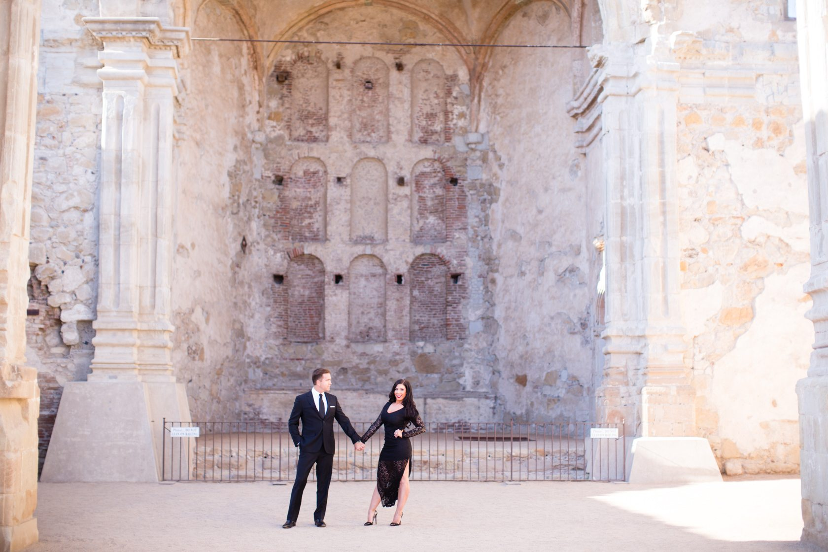 Mission_San_Juan_Capistrano_Engagement_Session_07.jpg